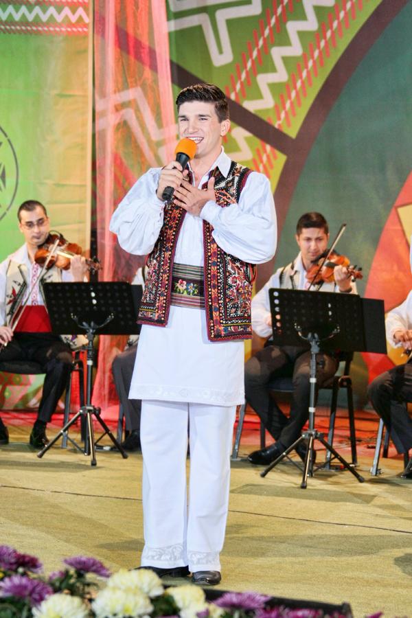Recital: Ciprian Ioan Pop - castigatorul editiei 2012 a festivalului ''Ion Albesteanu''