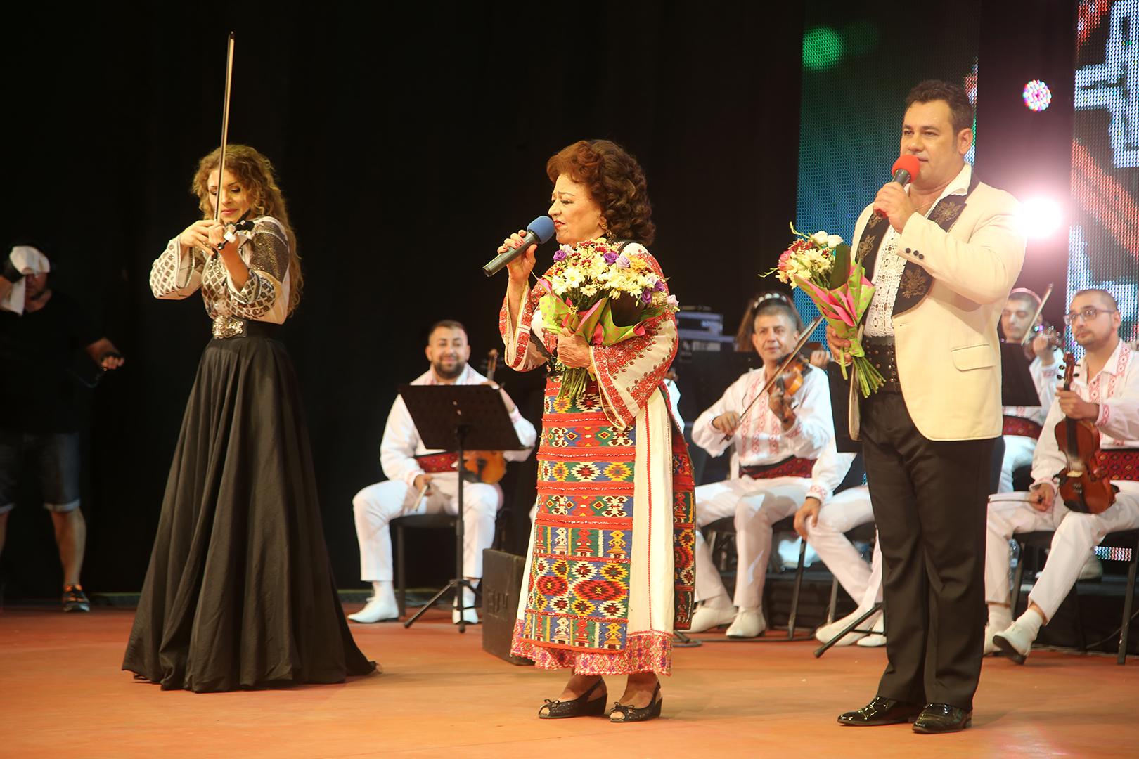 Recital - Maria Ciobanu, Doiniţa şi Ionuţ Dolănescu